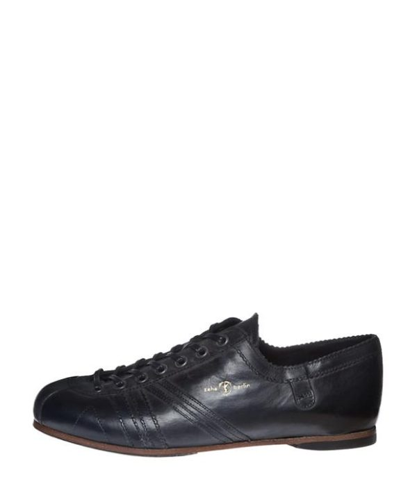 Product image from the rear of Zeha Berlin's Carl Häßner Liga in all black