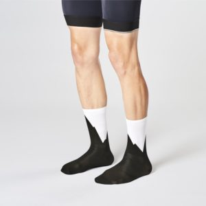 Product image of the front side of Fingerscrossed mountain bicycle socks
